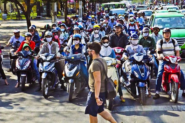 Crossing the Street - Asia Culture Shock