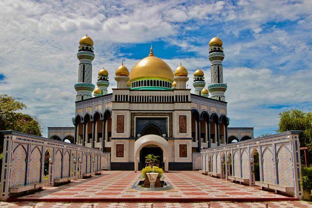 Jame Asr Hassanil Bolkiah Mosque