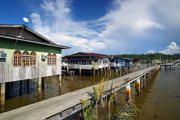 Kampong Ayer river watervillage
