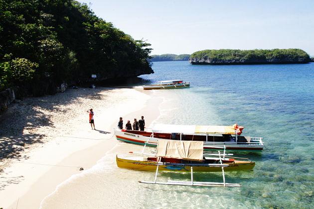 Quezon Island - Hundred Islands shore excursions