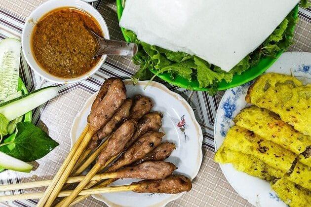 Da-Nang-street-food-shore-excursions