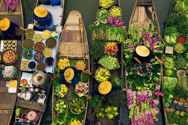 Floating-market-Bangkok-day-trips