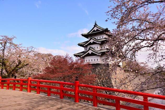 Hirosaki-Castle-Aomori-shore-excursions-tours