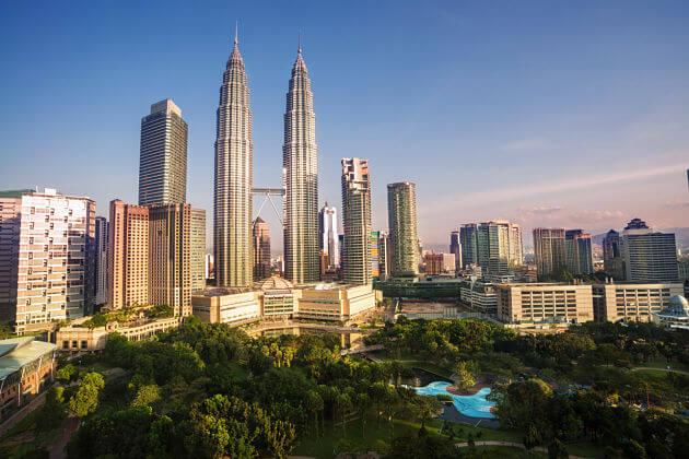 Petronas-Twin-Towers-Kuala-Lumpur-shore-excursions