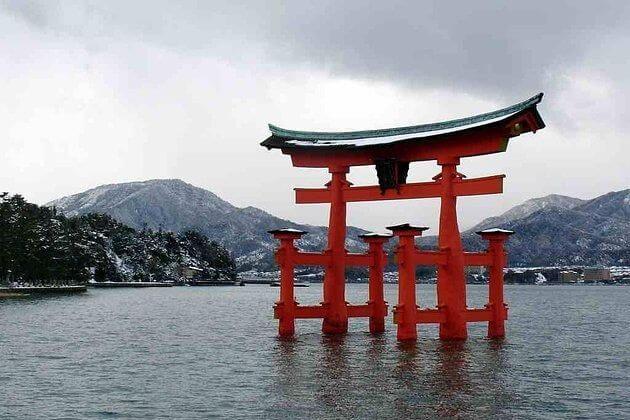 Religions-Japan-shore-excursions