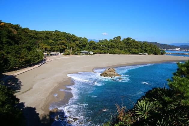 Katsurahama-Beach-kochi-shore-excursions-japan