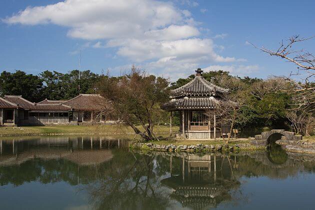 Shikinaen-Garden-Naha-Okinawa-shore-excursions