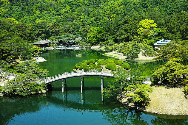 Ritsurin Garden Takamatsu Shore Trip