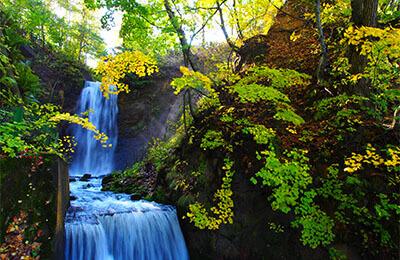 Shiraito-no-taki (falls)